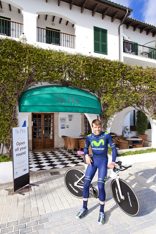 Alex Dowsett training